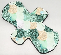 9 Inch Green Scales Cotton Jersey Day Cloth Pad