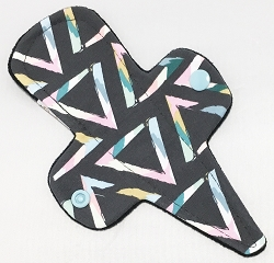7.5 Inch Pop Art Triangles Cotton Jersey Thong Cloth Pantyliner