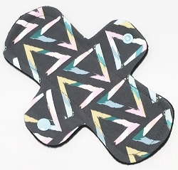 7.5 Inch Pop Art Triangles Cotton Jersey Regular Cloth Pantyliner
