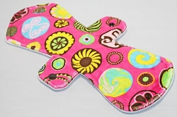 12 Inch Retro Pink Circles Minky Ultimate Overnight Pad with Fleece back