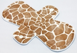9 Inch Giraffe Minky Day Cloth Pad
