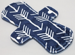 9 Inch Navy Arrows Minky Day Cloth Pad