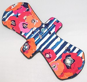 13 Inch Poppy Fields Cotton Woven Postpartum Cloth Pad