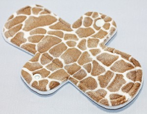 8 Inch Giraffe Minky Light Cloth Pad