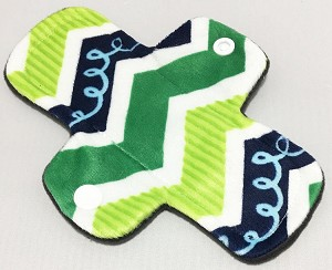 6 Inch Green Squiggles Minky Mini Cloth Pantyliner - Original Width